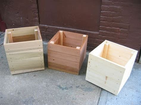 Simple Planter Box by Some Simple Ideas On How To Craft Diy Planter Boxes Diy