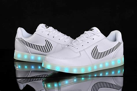 nike shoes with light up soles led nike air force 1 nike shoes with light up soles le