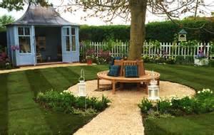 liebe deinen garten primrose tree seat on itv s your garden primrose