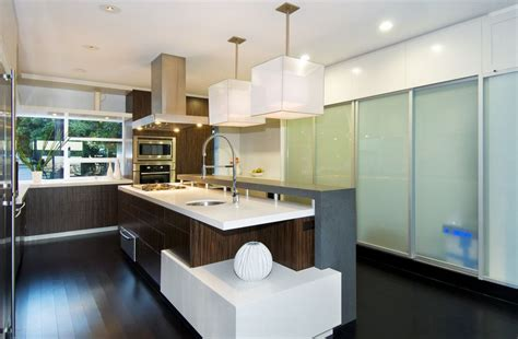 Curved Island Kitchen Designs by Modern Kitchen Pendant Lighting For A Trendy Appeal