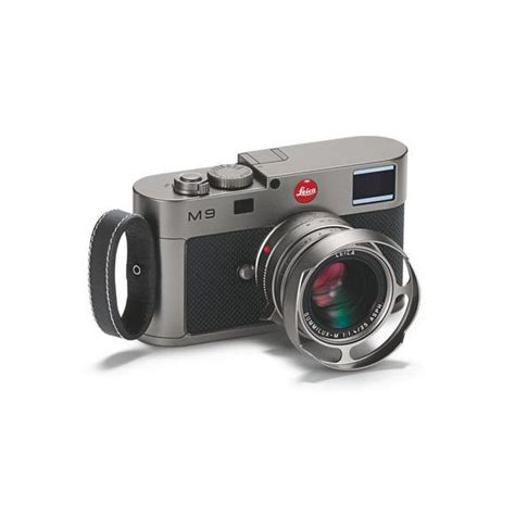 compact system mirrorless interchangeable lens or compact system