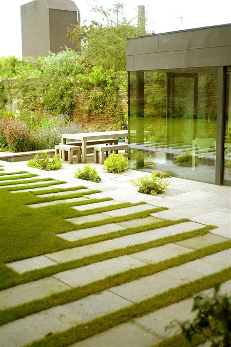 contemporary landscaping stepping stones photos design ideas remodel and decor