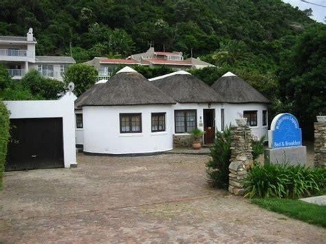 5 bedroom house in wilderness traditional xhosa structure