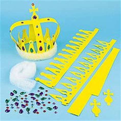 crown craft ks1 1000 images about queens birthday ideas for kids on