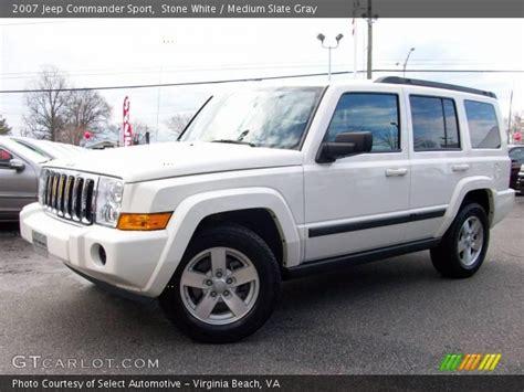 2007 White Jeep Commander White 2007 Jeep Commander Sport Medium Slate