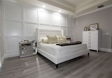 Contemporary Master Bedroom With Crown Molding Hardwood | contemporary master bedroom with hardwood floors crown