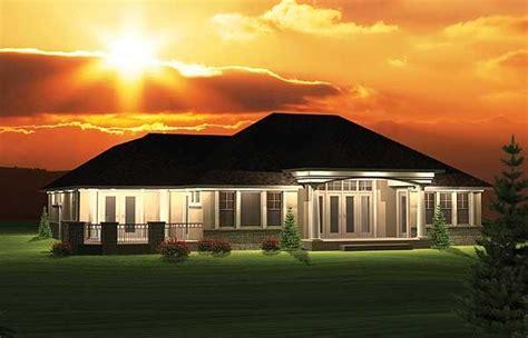 plan ah  bedroom hip roof ranch home plan