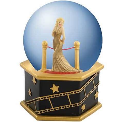 marilyn monroe velvet rope musical water globe ebay