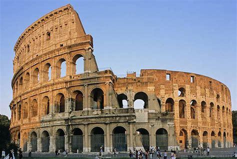 wann wurde das kolosseum erbaut heute ist das ehemalige quot hitheatrum flavium quot b 252 hne f 252 r