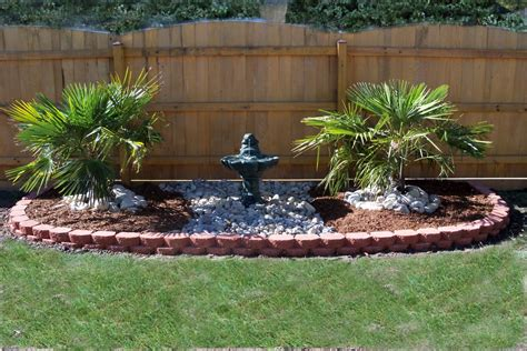 Lawn And Garden Decorating Ideas Landscape Design Ideas For Side Lawn Or Limited Space