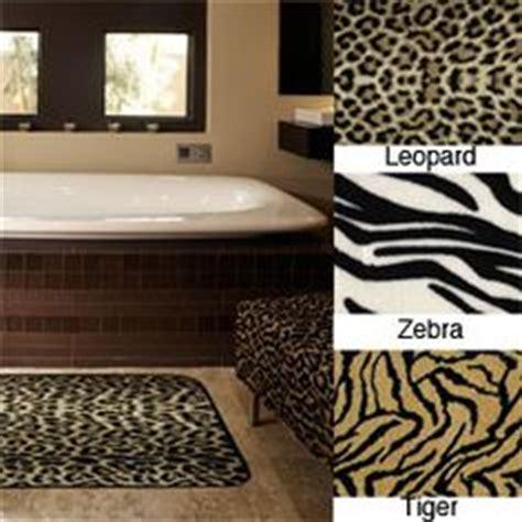 tiger bathroom designs bathroom design ideas on pinterest peacock feathers