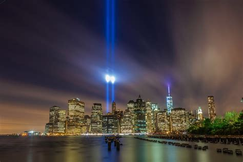 9 11 memorial lights new york city commemorates 9 11 anniversary with annual