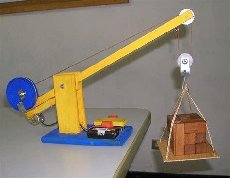 diy wood model crane wooden  plans  wooden toy box