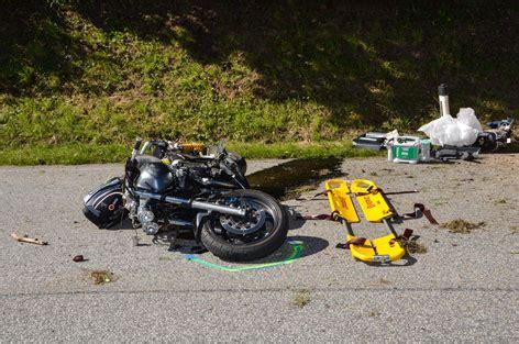 Unfall Motorrad Tirol by Drei Verletzte Bei Motorradunfall Tirol Orf At