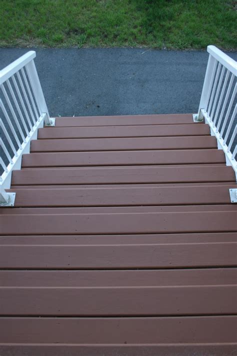 25 best ideas about behr deck colors on behr deck paint front yard patio curb