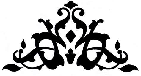 contoh ornamen bentuk menyudut tidak simetris motif tumbuhan