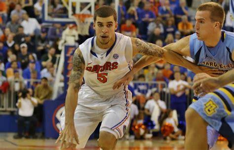 Florida Gators Basketball Preparing For Donovan Updates Status Of The Basketball Team