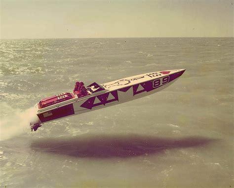 cigarette boat creator kick ass speed boats 187 iso50 blog the blog of scott