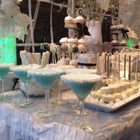 winter wonderland christmas holiday party ideas photo 8