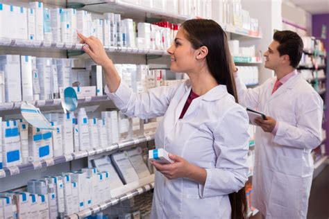 Cvs Pharmacy Technician by 10 Best Pharmacy Technician Programs Of 2017