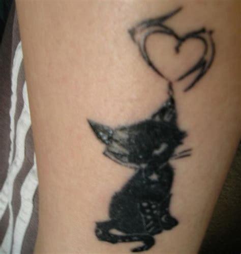 tattoo cat on leg 20 gorgeous cat tattoos designs webdesignerdrops