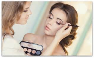 Description Of Cosmetologist by Makeup Artists Vs Cosmetologists Qc Makeup Academy