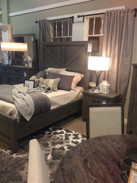 Rustic Grey Bedroom Set by Best 25 Rustic Grey Bedroom Ideas On Rustic