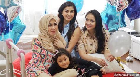 Baju Sarimbit Keluarga Sist Nisya bernilai ratusan juta rupiah barang ibu dan adik raffi lebih mahal dari nagita kabar berita