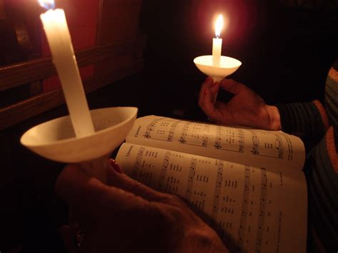 Christmas Eve Candlelight Service St John S Episcopal Candle Light Service