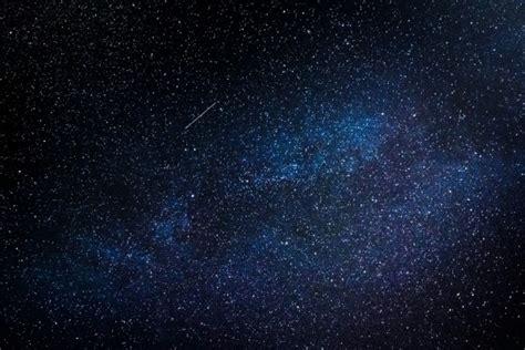 background luar angkasa begini suara mikrometeoroid tabrak pesawat luar angkasa