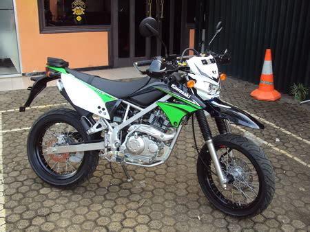Bahan Kunci Motor Kawasaki Klx Trail Motor Trail Kawasaki Klx 150cc L Jual Motor Bekas