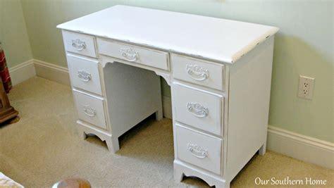 Decoupage Desk - decoupage furniture tutorial images