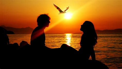 wallpaper sunset couple romantic sunset love couples wallpaper other wallpaper
