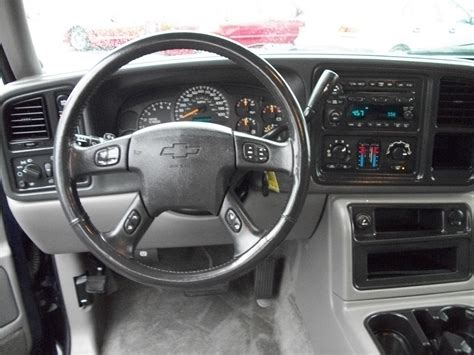 2004 Chevy Tahoe Z71 Interior by 2005 Chevrolet Tahoe Pictures Cargurus