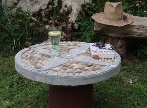 Diy Garden Decor Projects Garden Decorating Ideas On A Budget Easy Diy Projects