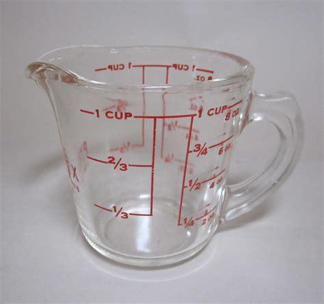 what is lwork glass pyrex liquid measuring cup pyrex