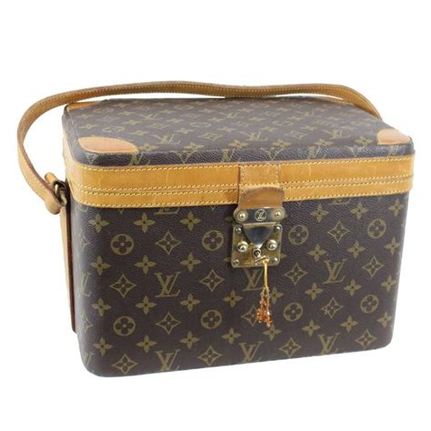 Louis Vuitton Vanity vintage louis vuitton vanity monoi fair condition at 1stdibs