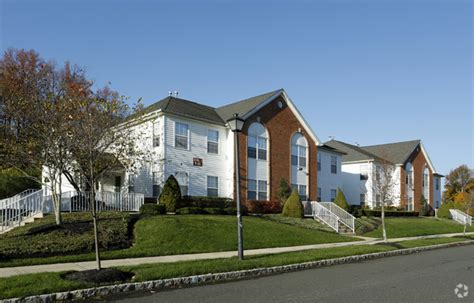 rug mill towers freehold nj rug mill towers rentals freehold nj apartments