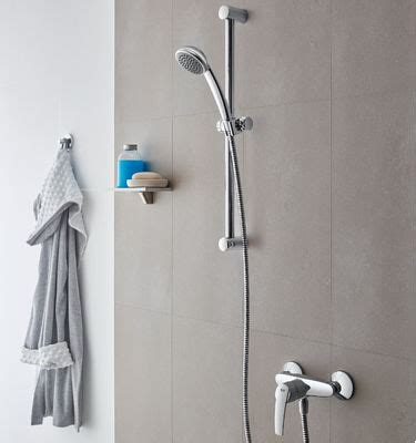 Grohe New Tempesta Cosmopolitan System 200 Shower System 26305000 grohe tempesta systems shower systems for your shower