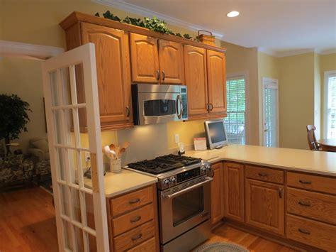 best kitchens with oak cabinets ideas railing stairs and kitchen paint with oak cabinets ideas railing stairs and