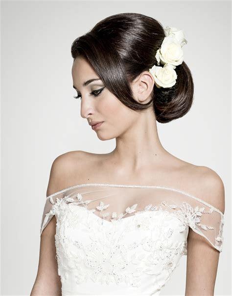 fiori e spose sposa fiori tra i capelli it