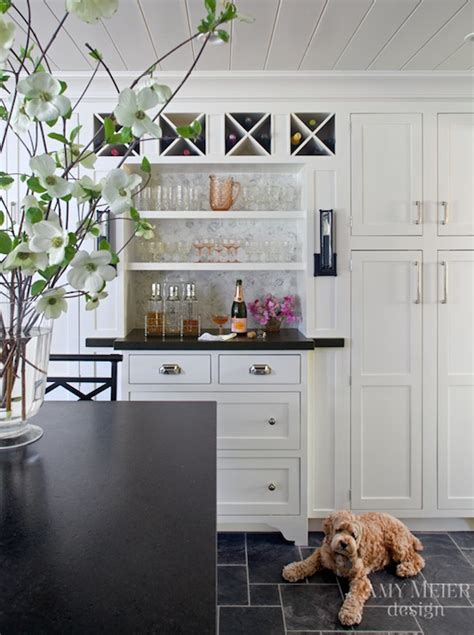 rocky mountain granite with white cabinets benjamin moore mountain peak white cabinets honed black