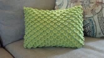 pattern crocodile stitch pillow