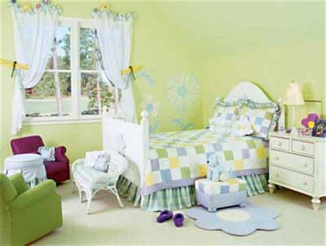 toddler bedroom decorating ideas garden bright toddler bedroom decorating idea howstuffworks