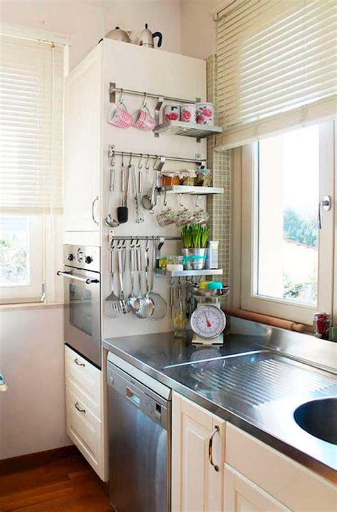 como sobrevivir  una cocina pequena