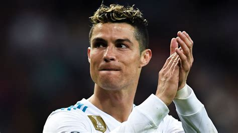 ronaldo juventus new contract real madrid and juventus agree 163 105m transfer deal for cristiano ronaldo