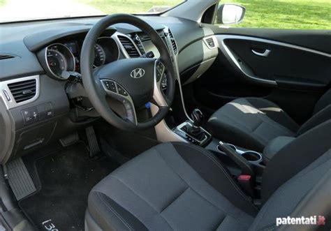 hyundai i30 interni nuova hyundai i30 wagon la prova col cambio automatico 7dct