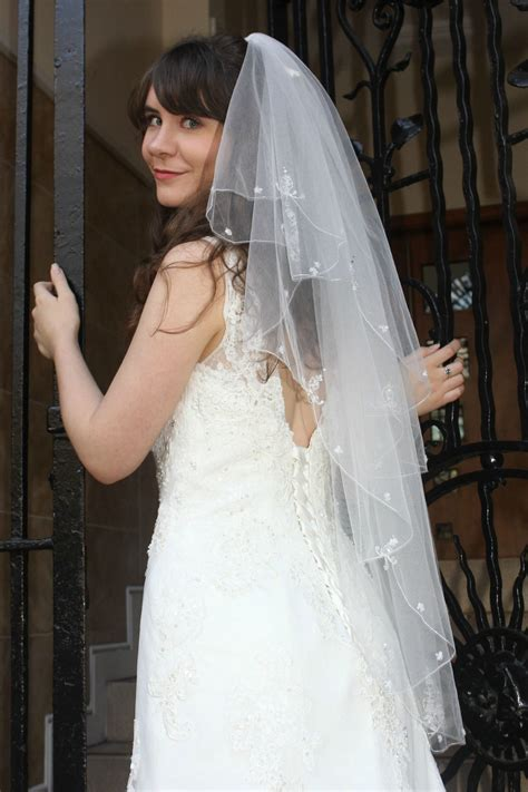 Wedding Veil embroidered edge two tier tulle bridal veil with and