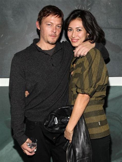 does norman reedus have a girlfriend norman reedus married www imgkid com the image kid has it