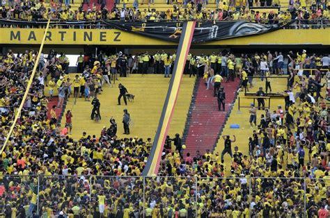 imagenes sur oscura manabi la sur oscura continuar 225 expulsada del estadio